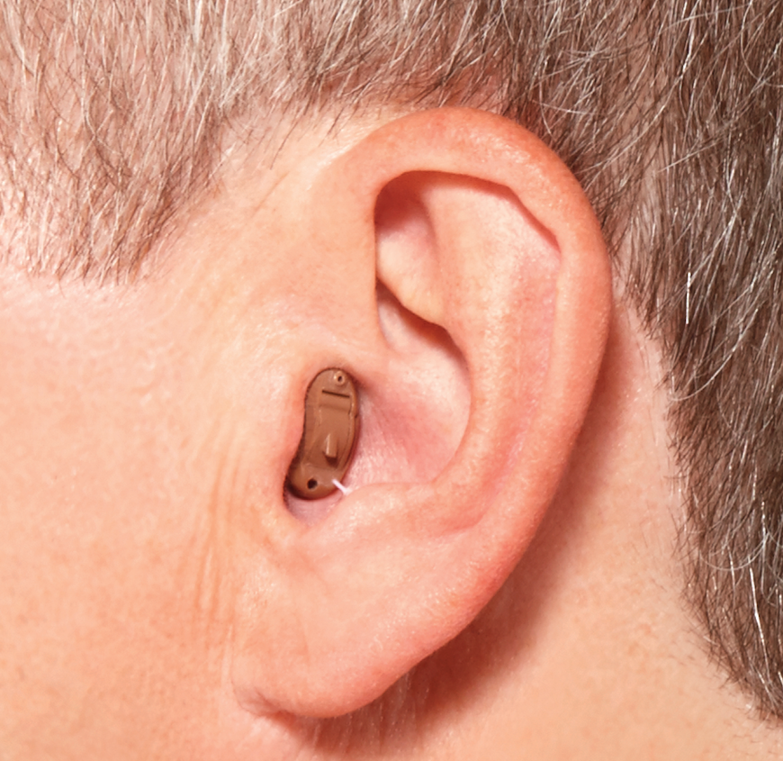 CIC補聴器装用イメージ