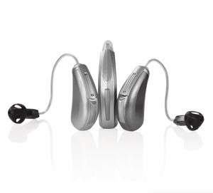 さまざまな大きさの耳かけ型補聴器