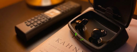 夜中の充電式補聴器