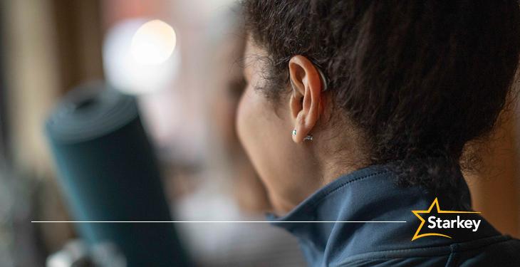 あなたの耳にご注目! 補聴器はフィットネス効果を測る最適な場所です